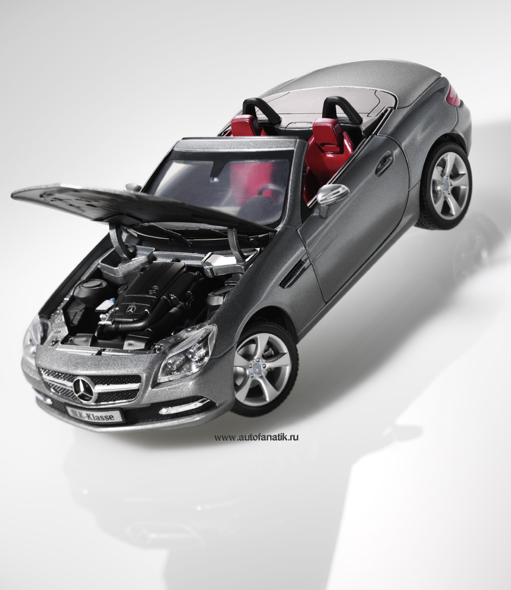 Модель Mercedes SLK, B66960512