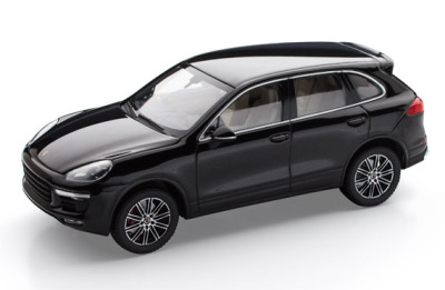 Модель автомобиля Porsche Cayenne Turbo S, Scale 1:43, Deep Black Metallic