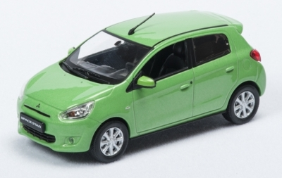 Модель автомобиля Mitsubishi Global Small, 1:43 scale, Light Green