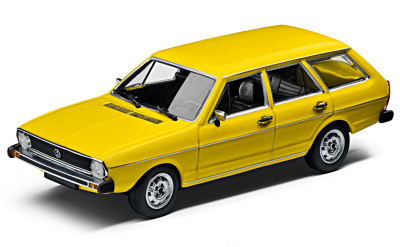Модель автомобиля Volkswagen Passat B1 Variant, Scale 1:43, Rally Yellow