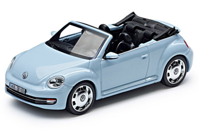 Модель автомобиля Volkswagen Beetle Cabrio, Denim Blue Metallic, Scale 1:43