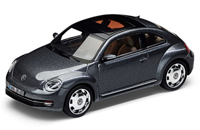 Модель автомобиля Volkswagen Beetle, Platinum Grey Metallic, Scale 1:43