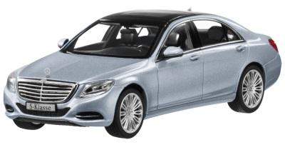 Модель автомобиля Mercedes-Benz S-Class W222, Diamond Silver Metallic 1:43