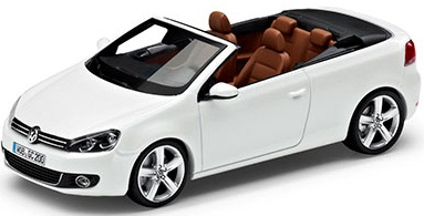 Модель автомобиля Volkswagen Golf Cabriolet White, 1:43 Scale, Oryx White