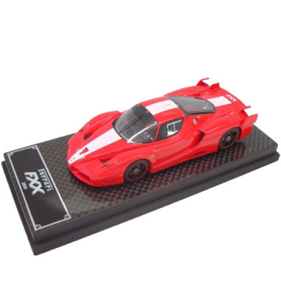 Ferrari FXX model on a scale of 1:43