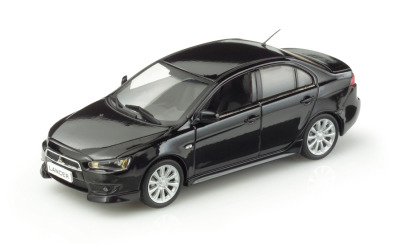 Модель автомобиля Mitsubishi Lancer Sedan Amethyst black 1:43