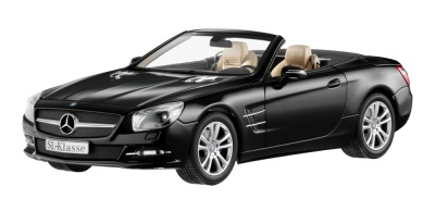 Модель автомобиля Mercedes Roadster SL R231, Black, Scale 1:18