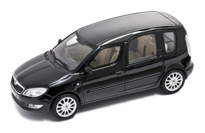 Модель автомобиля Skoda Roomster after a facelift model in 1:43 scale, magic black