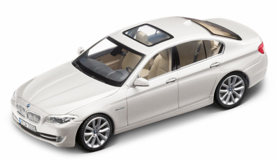 Модель BMW 5 серии, седан, BMW 5 Series Saloon, Scale 1:43