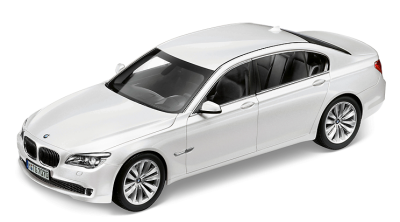 Модель BMW 7 серии, седан, BMW 7 Series Saloon (F02) White, Scale 1:43