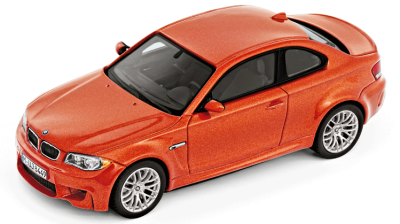 Модель автомобиля BMW 1 Series M Coupé (E82), Scale 1:18, orange