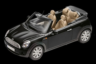 Модель автомобиля Mini Cooper Cabrio R57 Midnight Black, Scale 1:18
