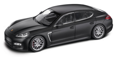 Модель автомобиля Porsche Panamera Turbo, 1:43 Scale, Matte Black
