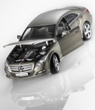 Модель Mercedes-Benz CLS-Class Saloon C218, Designo Mountain Grey Magno, 1:18 Scale, артикул B66961297