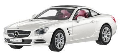 Модель Mercedes-Benz SL-Class R231, Designo Diamond White Bright, 1:43 Scale