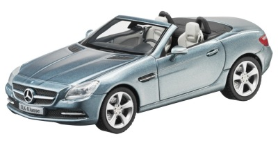 Модель Mercedes-Benz SLK-Class R172, Galenite Silver, 1:43 Scale