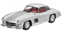 Модель Mercedes-Benz 300 SL Gullwing W 198 (1954–1957), Silver, 1:18 Scale