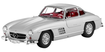 Модель Mercedes-Benz 300 SL Gullwing W 198 (1954–1957), Silver, 1:12 Scale