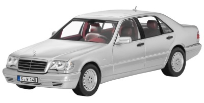 Модель Mercedes-Benz S 320 W 140 (1994–1998), Brilliant Silver, 1:18 Scale