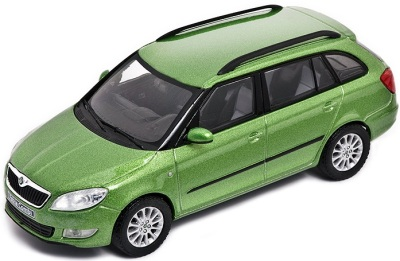 Модель автомобиля Skoda Model Fabia Combi (facelift) 1:43 ralley green