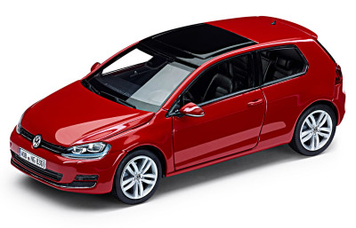 Модель автомобиля Volkswagen Golf VII 3D, Scale 1:43, Tornado Red