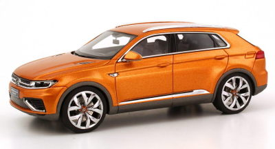 Модель автомобиля Volkswagen CrossBlue Coupé Concept, Scale 1:43, Gold Orange