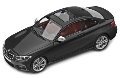 Модель автомобиля BMW 2 серии Купе (F22), 1:43 scale, Sapphire Black