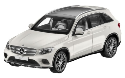 Модель Mercedes-Benz GLC (X253), Diamond White, 1:18 Scale
