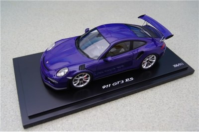 Модель автомобиля Porsche 911 GT3 RS 1:18, Purple, Limited Ed. 911 ex.