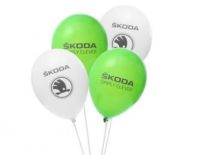 Воздушные шары Skoda в двух цветах: белый и зеленый