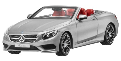 Модель Mercedes-Benz S-Class Cabriolet, Designo Allanite Grey Matt, 1:18 Scale