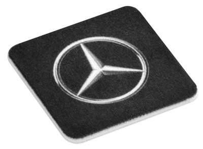 Салфетка Mercedes для очистки дисплея смартфона