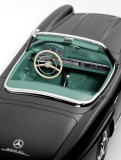 Модель Mercedes-Benz 300 SL Roadster, W 198 II, 1957-63, Black, Scale 1:12, артикул B66040628
