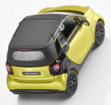 Модель Smart Fortwo Cabrio, A453, Black-to-yellow / Black, артикул B66960289