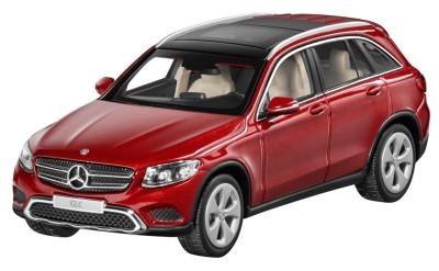 Модель Mercedes-Benz GLC, Designo Hyacinth Red Metallic, 1:43 Scale