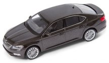 Модель автомобиля Skoda Superb III, 1:43 scale, Magnetic Brown