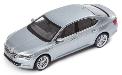 Модель автомобиля Skoda Superb III, 1:43 scale, Business Grey