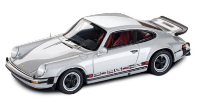 Модель автомобиля Porsche 911 Turbo 3.0 1974, Scale 1:43, Silver Metallic
