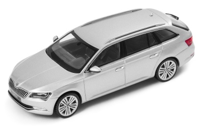 Модель автомобиля Skoda Superb Combi III, 1:43 scale, Silver Brilliant