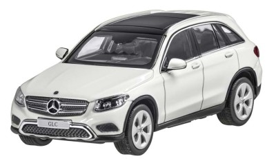 Модель Mercedes-Benz GLC, Designo Diamond White Bright, 1:43 Scale