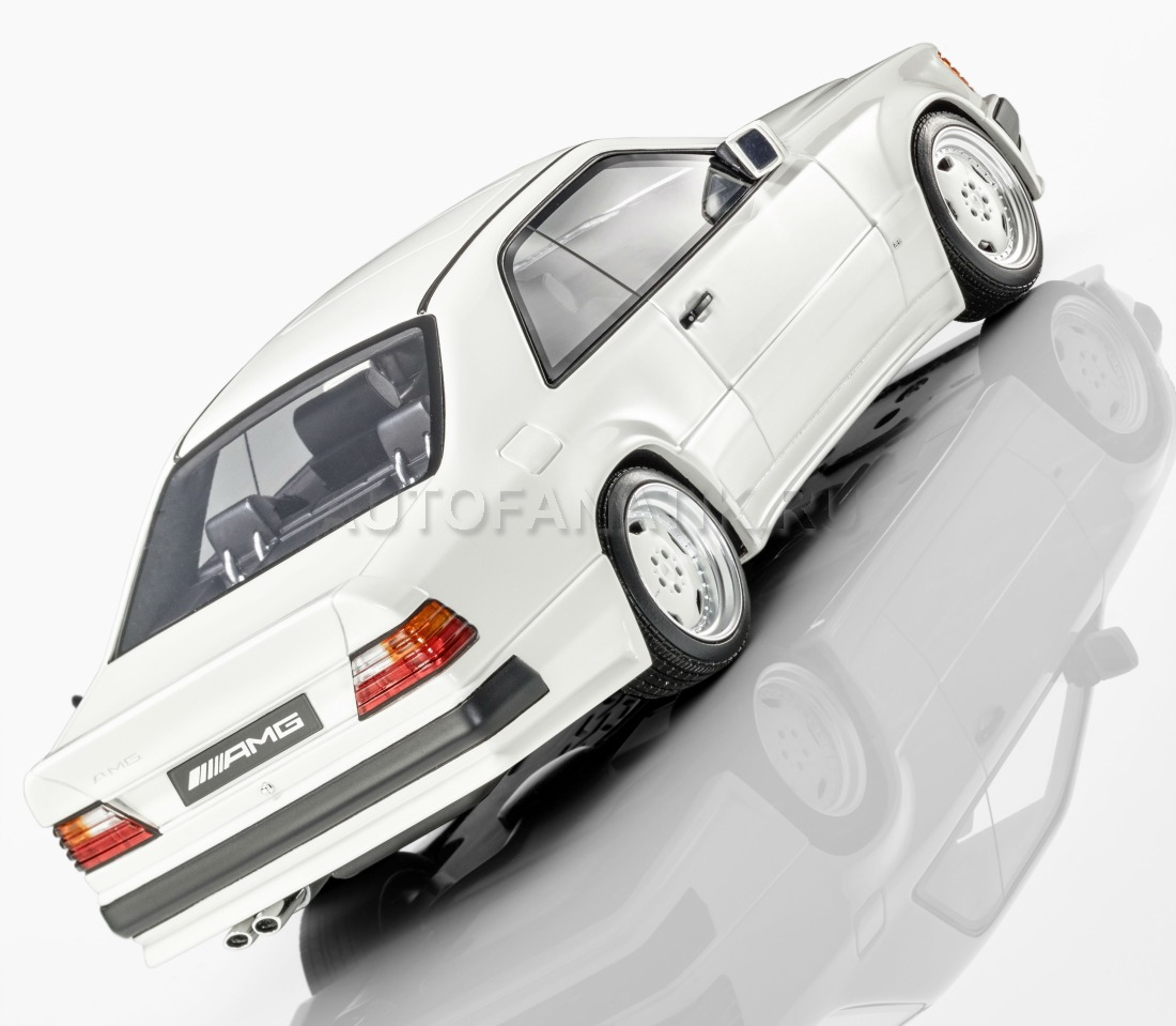 I Scale 1 18 2018 Mercedes Benz Glc Coupe White: Mercedes E-Class 300CE AMG, B66040639
