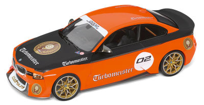 Модель автомобиля BMW 2002 Turbomeister, Orange/Black, 1:18 Scale