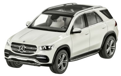 Модель Mercedes-Benz GLE (V167), Scale 1:43, designo diamond white bright